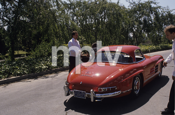 Bill Cosby and his 1955 Mercedes 300SLcirca 1966 © 1978 Gunther - Image 0506_0570