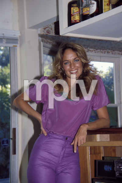 Catherine Bach at home1981 © 1981 David Sutton - Image 0585_0003