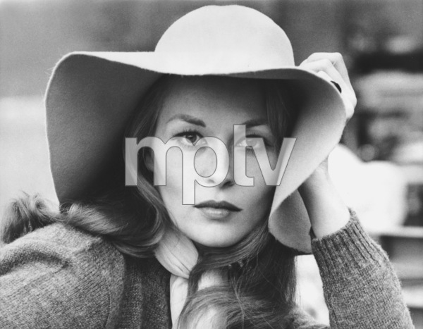 "Faye Dunaway""Puzzle Of A Downfall Child""1970 **I.V. - Image 0601_0225"
