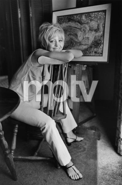 Goldie Hawn at homeJuly 8, 1968 © 1978 Gene Trindl - Image 0616_0121