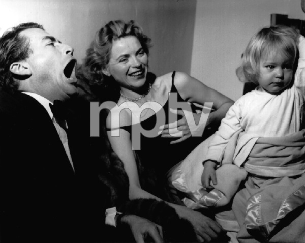 Gregory Peck, Dorothy McGuire, Topo1950Copyright John Swope Trust / MPTV - Image 0642_0028