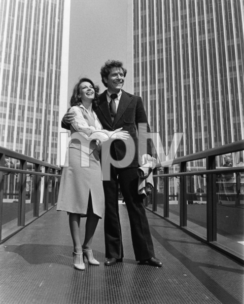 """The Last Married Couple in America""Natalie Wood, George Segal© 1980 Universal Pictures** I.V. - Image 0654_0112"