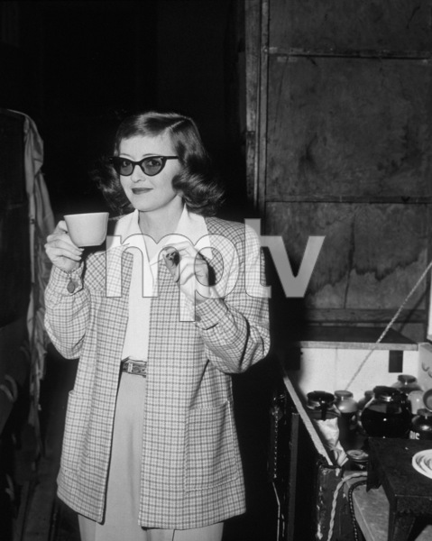 Bette Davis taking a coffee breakC. 1940  - Image 0701_0058