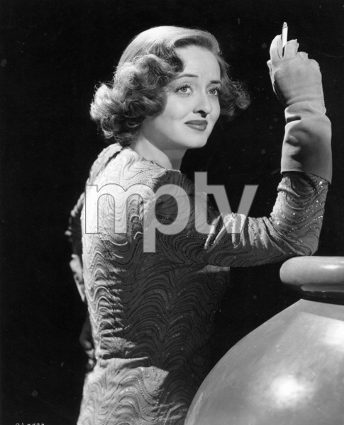 "Bette Davis""Thank Your Lucky Stars,"" 1943. - Image 0701_0175"