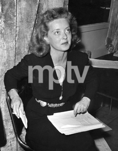Bette Davis, October 1, 1945.Photo by Bob Beerman - Image 0701_0318