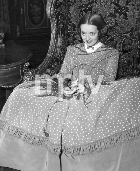 """Bette Davis on the set of """"All This And Heaven Too"""" 1940 / WarnerPhoto by Bert Six - Image 0701_0344"""