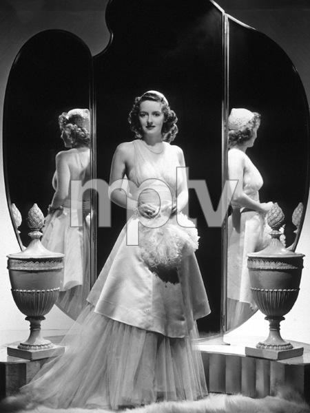 """Bette Davis""""Dark Victory""""1939 / Warner - Image 0701_0725"""