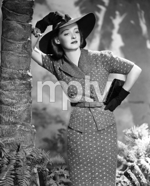 Bette Davis, 1938. - Image 0701_0726