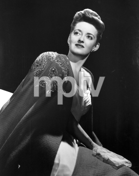 "Bette Davis publicity photo for""Now Voyager,"" 1942. - Image 0701_0806"