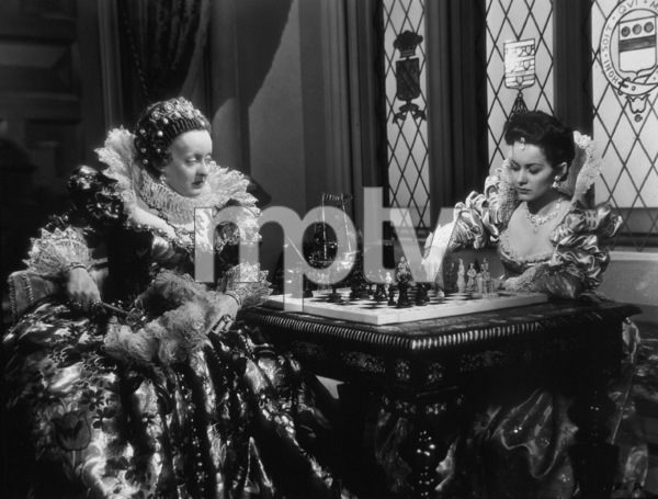 "Bette Davis as Queen Elizabeth I in ""Private Lives of Elizabeth and Essex""1939 Warner BrothersPhoto by Bert Six - Image 0701_1234"