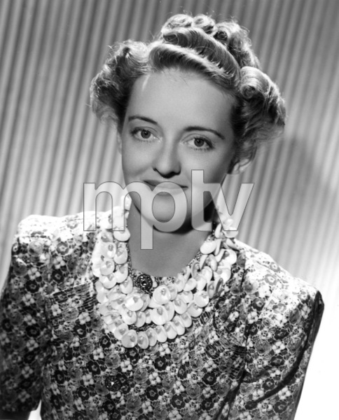 "Bette DavisPublicity photo for ""Juarez,"" 1939. - Image 0701_1326"