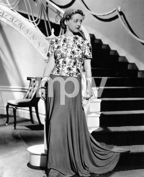 "Bette Davis Photo for ""Dark Victory,"" 1939. - Image 0701_1327"