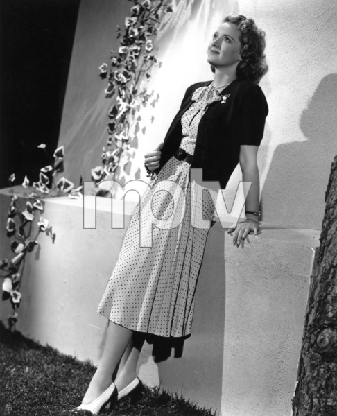 Bette Davis, 1940. - Image 0701_1331