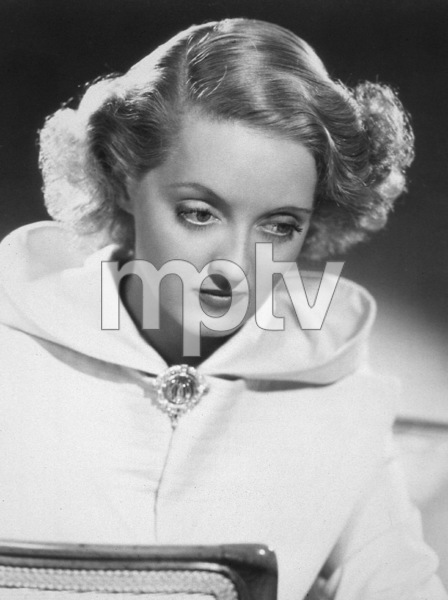 Bette Davis, c. 1937. - Image 0701_2162