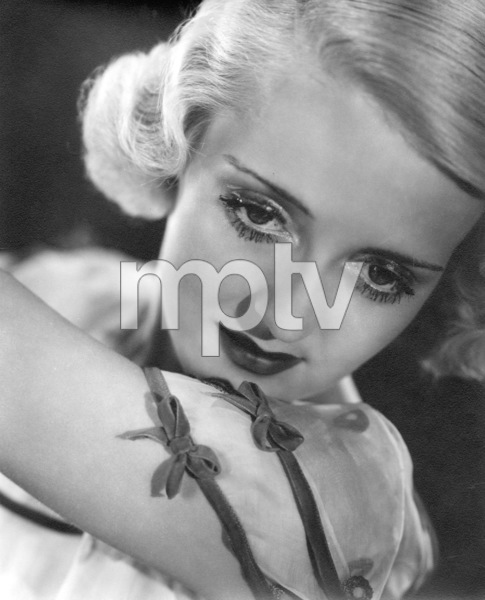 Bette Davis, c. 1932. - Image 0701_2166