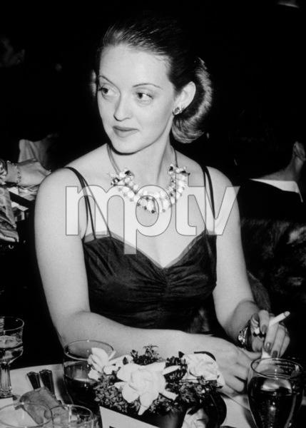 Bette Davis, c. 1941.**I.V. - Image 0701_2202