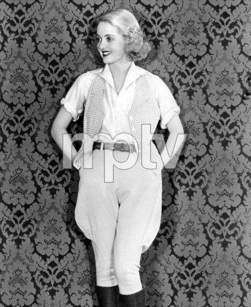 Bette Davis, c. 1932. - Image 0701_2213