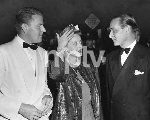 "Bette Davis with Arthur Farnsworth at premiere of ""YANKEE DOODLE DANDY"" 1942, I.V. - Image 0701_2239"