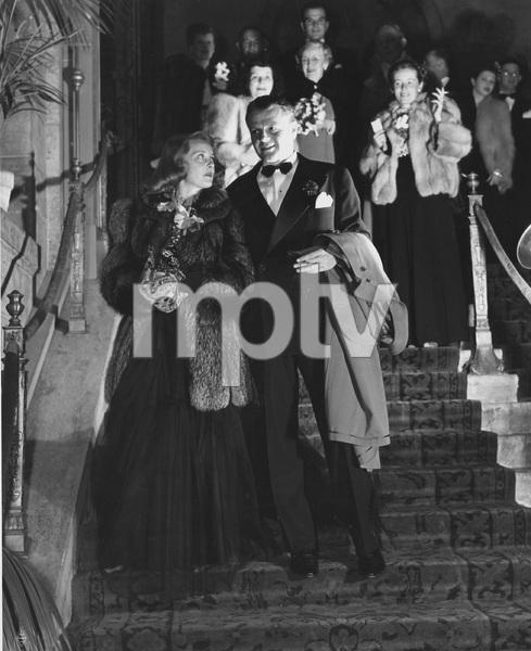 Bette Davis with husband Arthur Farnsworth, 1941, I.V. - Image 0701_2244
