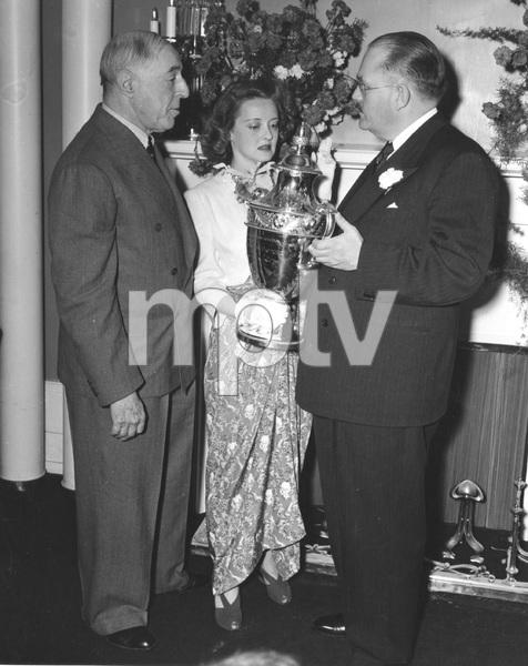 Bette Davis D.W. Griffith and Doug Churchill giving Davis the REDBOOK Award, 1940, I.V. - Image 0701_2246
