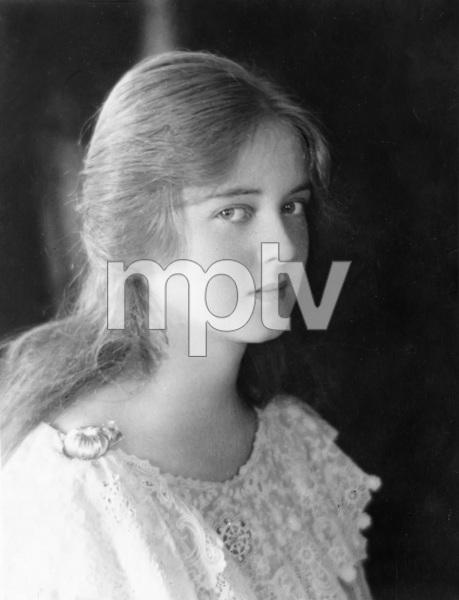 Bette Davis, early 1920