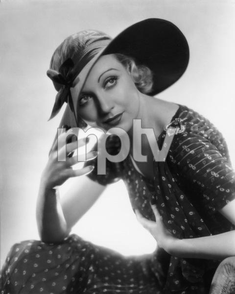 Carole Lombardcirca 1932** I.V. - Image 0705_2252