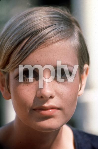"""Twiggy""1967 © 1978 Gunther - Image 0710_0004"