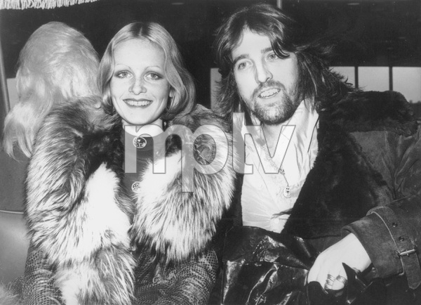 "Twiggywith her manager-boyfriend Justin de Villeneuvein New York to promote her first film ""The Boyfriend""1971 - Image 0710_0037"
