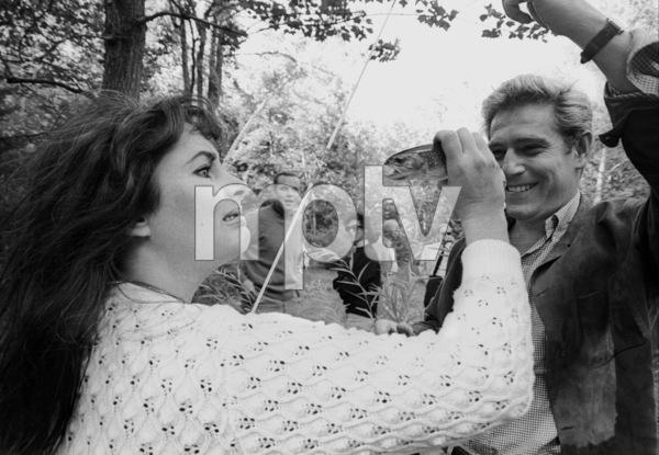 Elizabeth TaylorWith Richard Burton and Children1965 © 1978 Bob Willoughby - Image 0712_5056