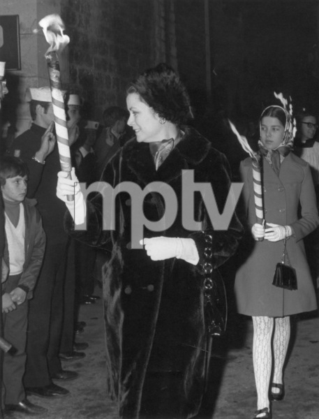 Grace Kelly with daughter Princess Caroline during the feast of the patron saint in Monaco, 1970. - Image 0724_0214
