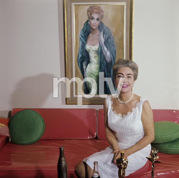 Joan Crawford1963Photo by Ernest E. Reshovsky © 2000 Marc Reshovsky - Image 0728_0415