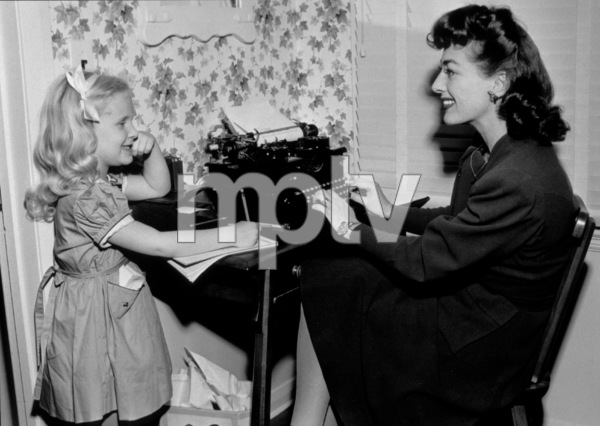 Joan Crawford and Christina, c. 1949.**I.V. - Image 0728_8300