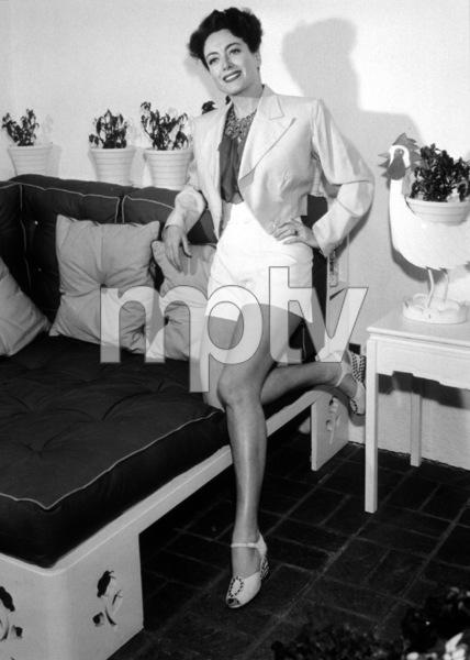 Joan Crawford, c. 1947.**I.V. - Image 0728_8301