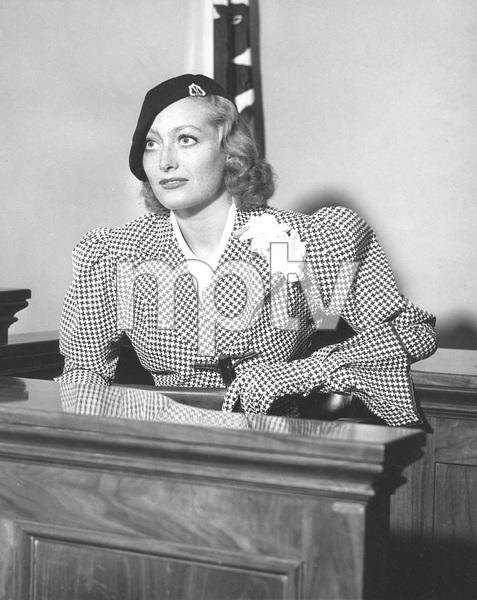 Joan Crawford on witness stand during divorce trial from Douglas Fairbanks, Jr, 1933, I.V. - Image 0728_8324