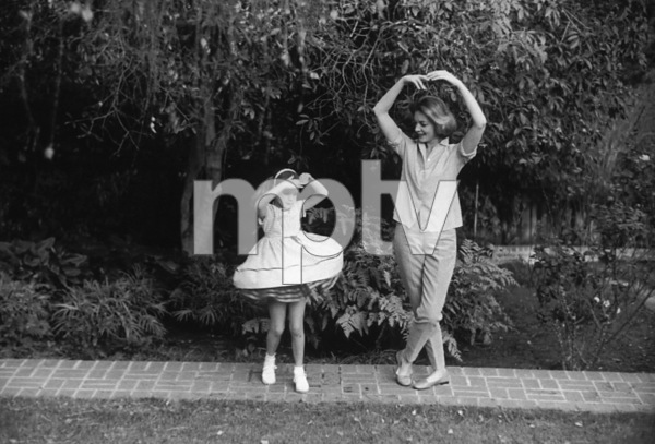 Lauren Bacall with Daughter Leslie Bogart at home in Beverly Hills CA.1958 © 1978 Bob Willoughby - Image 0730_0508