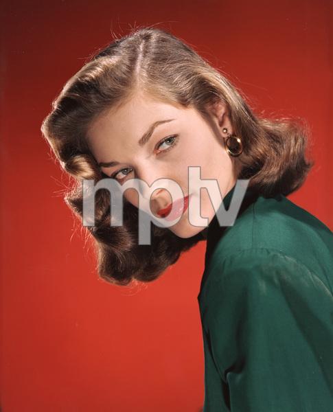 Lauren Bacallcirca 1945**I.V. - Image 0730_0530
