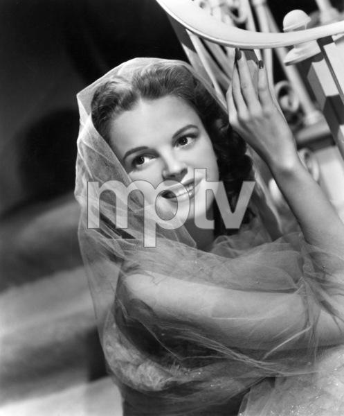Judy Garlandc. 1941 - Image 0733_0212