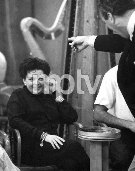 Judy GarlandOn the setGay Purr-ee (1962)Warner Bros. - Image 0733_2025