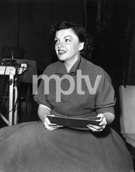 Judy GarlandFor CBS radio, 1955Photo by Gabi Rona - Image 0733_2095