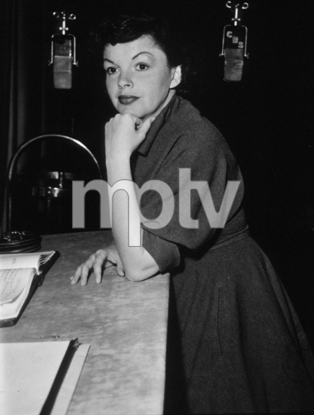Judy GarlandFor CBS radio, 1955Photo by Gabi Rona - Image 0733_2096