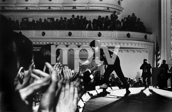 Judy Garland at Carnegie Hall 1961 ** R.C. - Image 0733_2098
