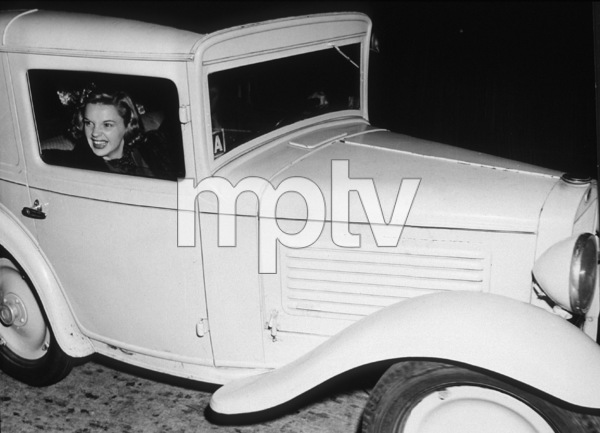 Judy Garland, c. 1941.**I.V. - Image 0733_2115