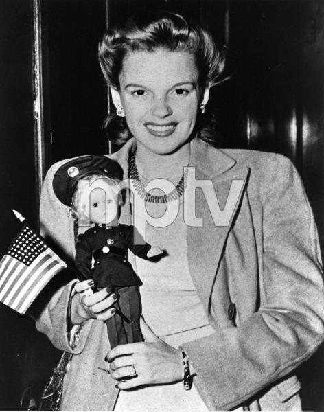 Judy Garlandc. 1941**R.C. - Image 0733_2162