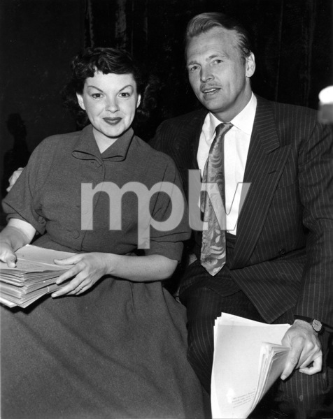 Judy GarlandFor CBS radio, 1955Photo by Gabi Rona - Image 0733_2168