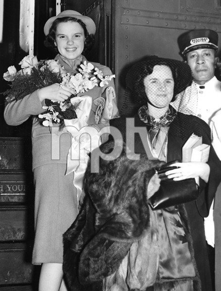 Judy Garland (age 14) visiting Miami Florida with her mother Ethel Gumm during a vacation from MGM1936** I.V. - Image 0733_2189