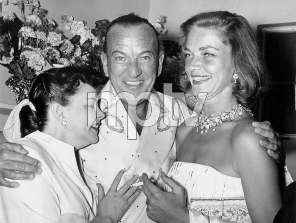 Judy Garland, Noel Coward, & Lauren Bacall after his opening at the Desert Inn in Las Vegas 1955** I.V. - Image 0733_2201