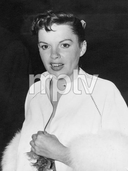 Judy Garland, 1954, I.V. - Image 0733_2205
