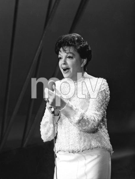Judy Garland on the Sammy Davis Jr Show, 1966, I.V. - Image 0733_2227