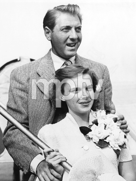 Judy Garland and husband David Rose returning from their surprise elopement, 1941, I.V. - Image 0733_2232