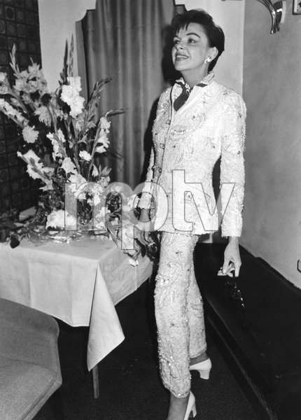 Judy Garland in London circa 1968, I.V. - Image 0733_2238